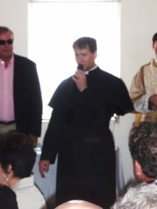 fr-james-fryar-fssp-speaking-during-dedication-of-parish-hall-at-christ-the-king-catholic-church-in-sarasota-florida-all-rights-reserved-marielena-montesino-de-stuart