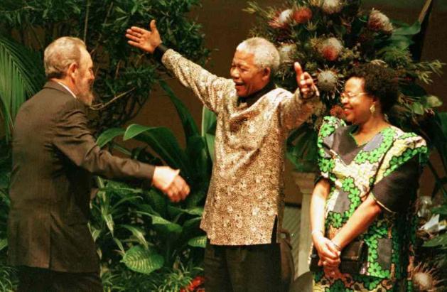 Fidel Castro, Nelson Mandela and Mandela's wife, Graça Machel.