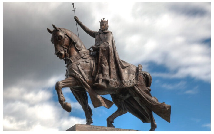 VIVE LE ROI! Feast of Saint Louis IX, King of France— Model of Catholic French Courage